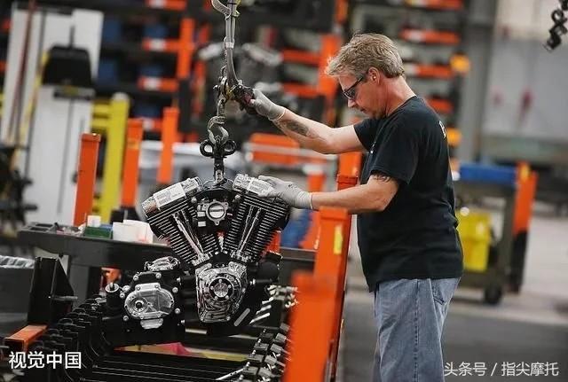 摩托车发动机过热跑不动,原来是零件忘装了,这样的师傅实在无语