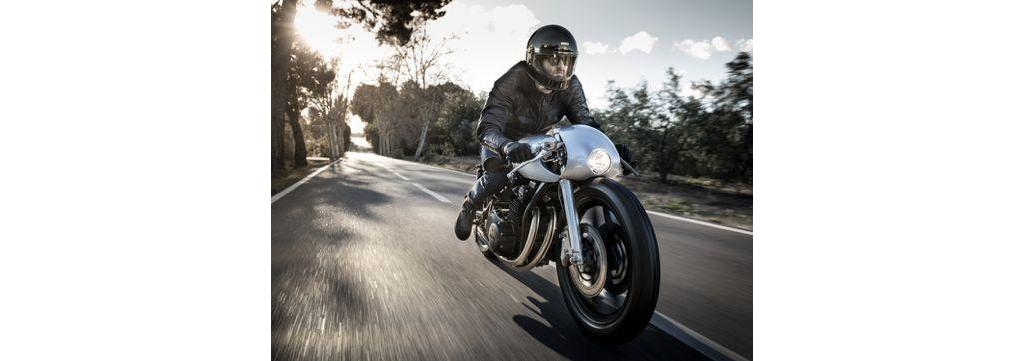 改装车库:雅马哈复古改装摩托车结合现代与经典