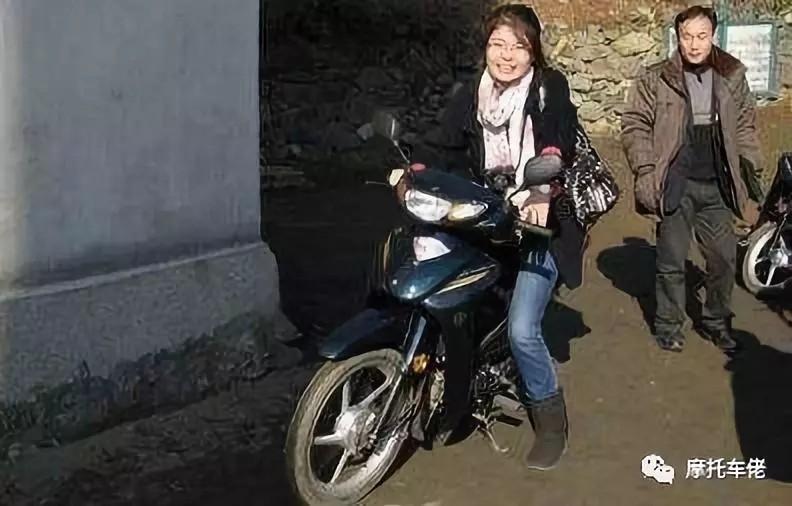 在朝鲜这个国家,怎么样才能拥有一辆摩托车?