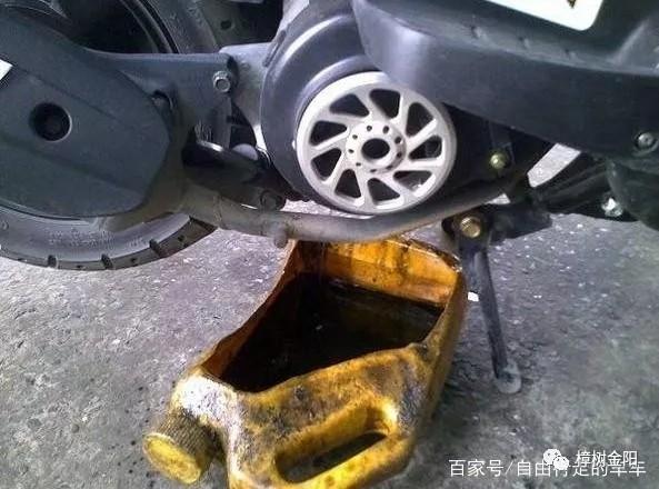 摩托车上的机油和齿轮油有什么区别?