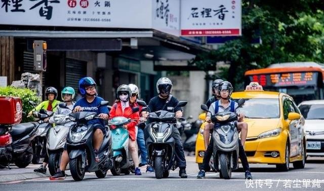 长途试驾三阳机车FNX 125这台踏板摩托车感