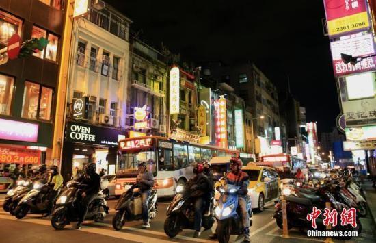 台湾暂缓摩托车全面加装安全装置 将讨论降