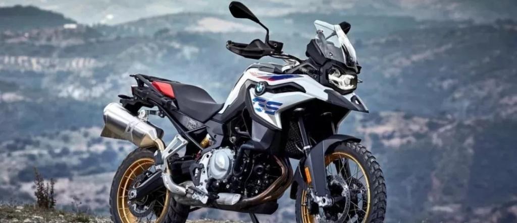 宝马 R1250GS、Honda CB500X、Tracer 125,你更中意谁家的ADV探险车?