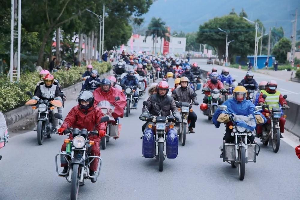 道路千万条,安全第一条,正确的骑行姿势能