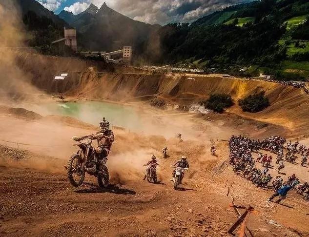 全球最艰难的越野摩托车赛事,每年只有1%的车手能够完赛