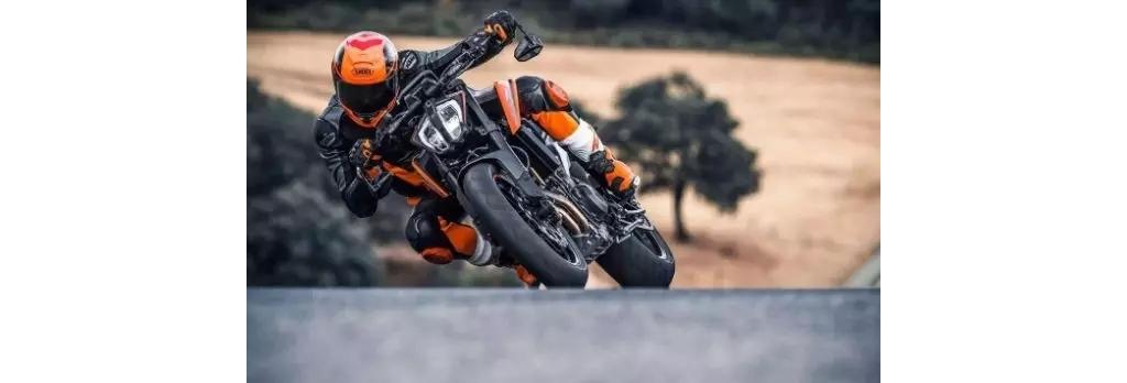 """KTM 790DUKE""""狂暴模式""""跑山,简直是太疯狂了"""
