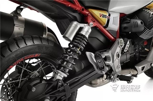 横置V缸ADV?V85 TT即将驾临,确定这是一辆正经的摩托古兹?
