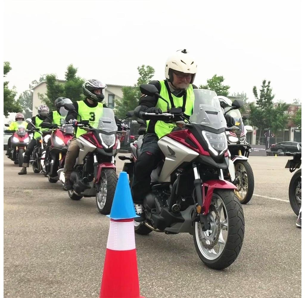 摩托VLOG | 涨知识!体验日本摩托安驾培训