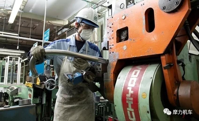 雅马哈手工排气管的技术传承