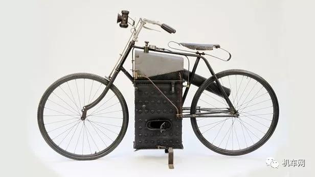 摩托车的鼻祖,蒸汽机动力机车!