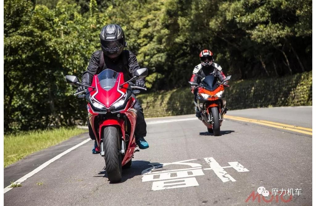 本田CBR500R vs 川崎Ninja 400