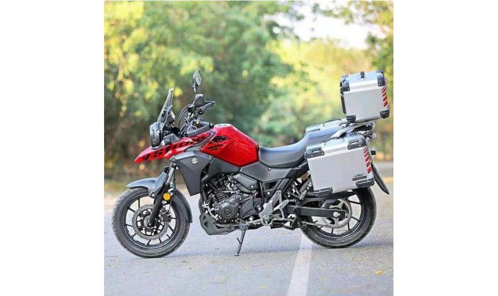 平民长途摩旅神车 铃木DL250摩托车满足你幻想