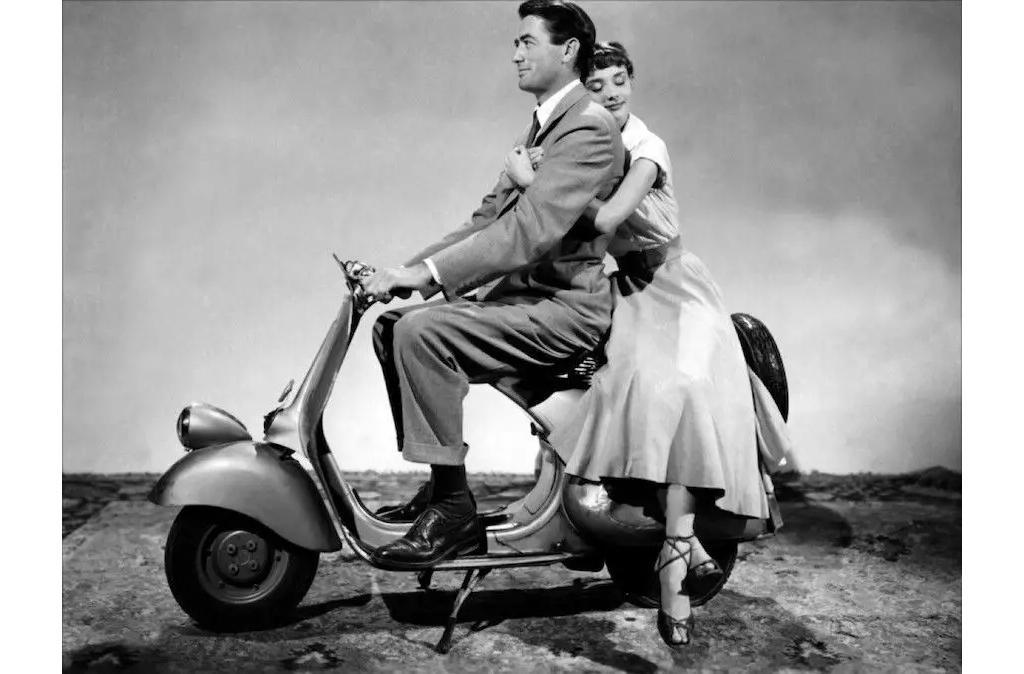 秒杀Vespa的硬核踏板摩托车,重生后成为街头复古经典