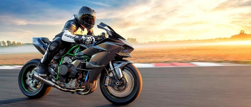 不止299,这些超级摩托车到底能跑多快?