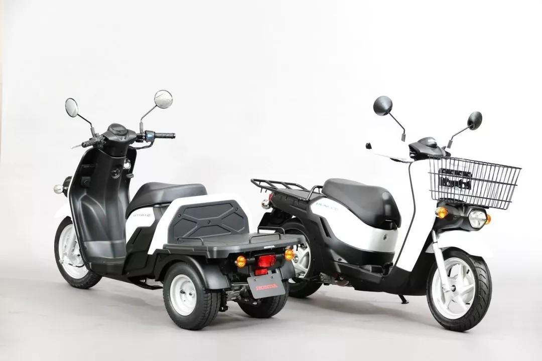 特写:Honda 电动概念 Benly e、GYRO e
