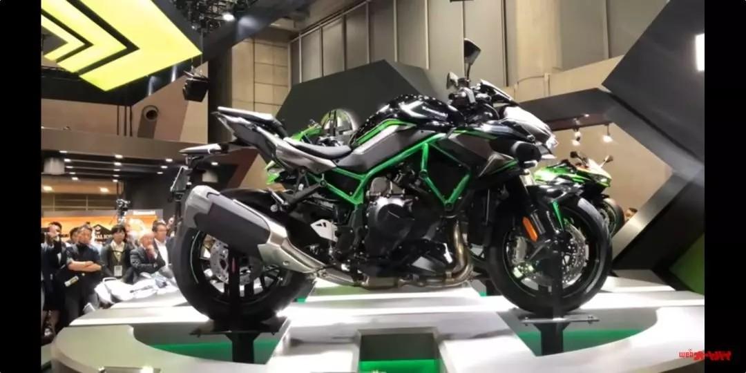 200匹机械增压!川崎正式发布机械增压超级街车Z H2
