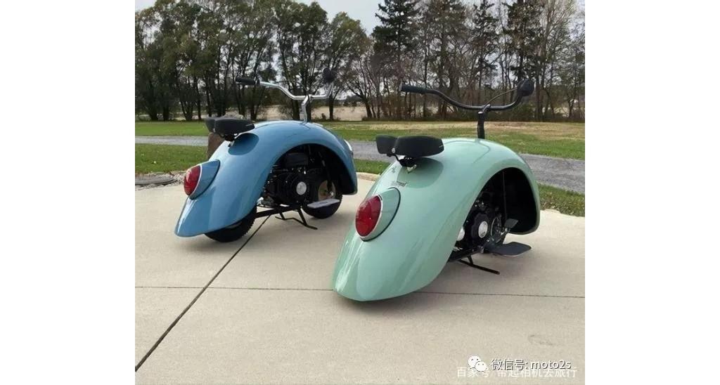 向大众甲壳虫致敬,男子用甲壳虫汽车改装了两辆摩托车