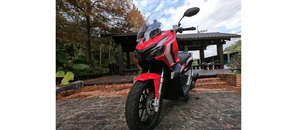 全方位的跨界踏板摩托 本田ADV150试驾测评