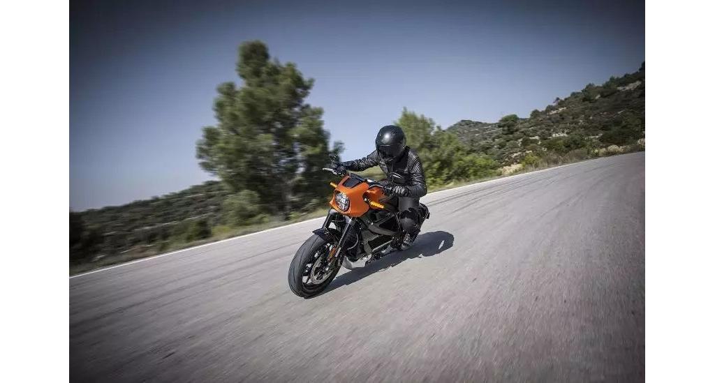 研究报告证实:骑摩托真的可以有益身心健康,忘掉烦恼