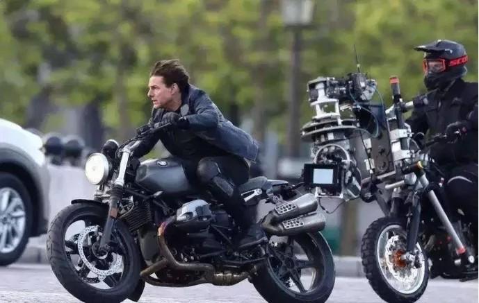 电影《碟中谍6:全面瓦解》中的万博Bet车 - BMW R NINET SCRAMBLER(2018)
