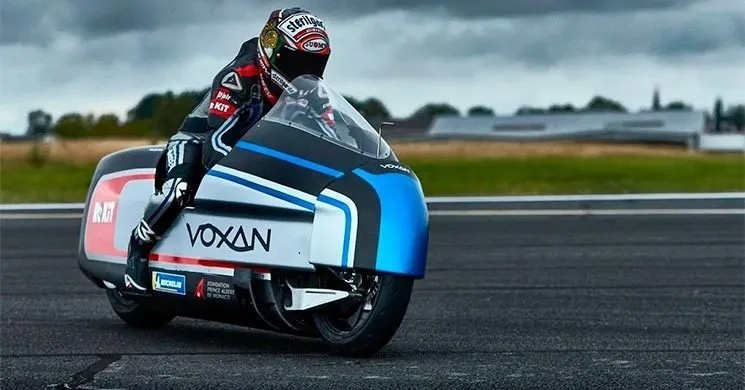 号称世界最强电动万博Bet, 冲击330km/h时速世界纪录!