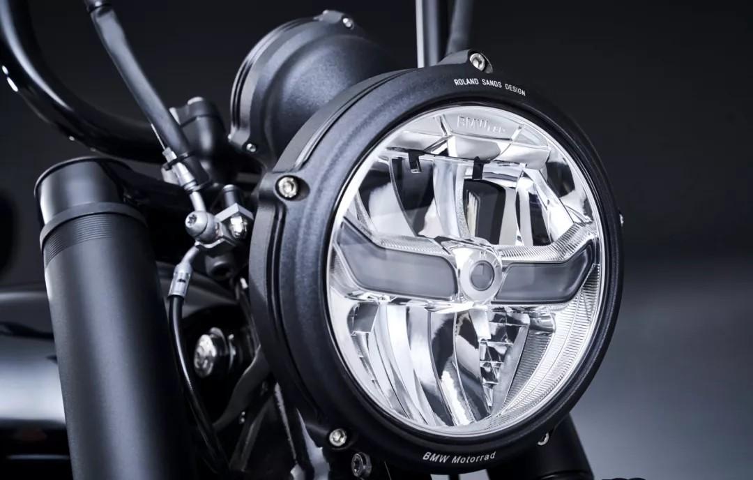 宝马最大排量1802cc的R18将本月17号国内正式发布