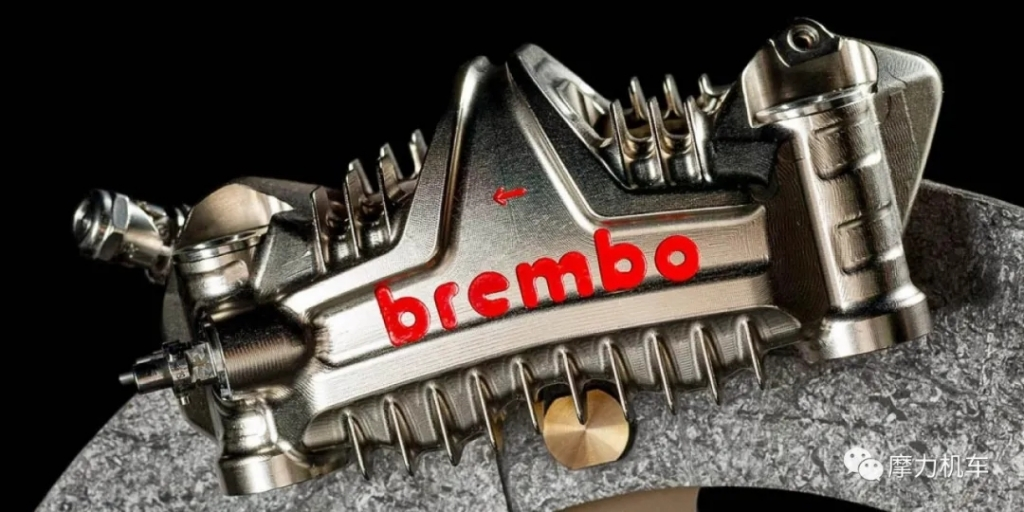 2020MotoGP赛车的卡钳 Brembo GP4