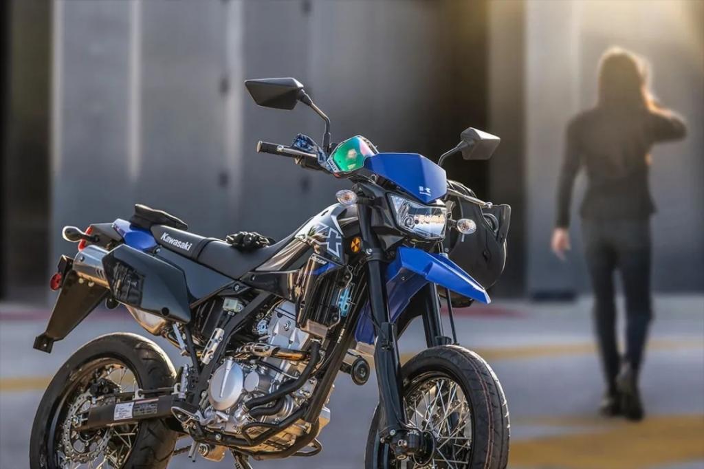 新品进口300cc越野车之争,Honda CRF300和Kawasaki KLX300谁胜一筹